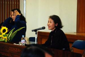 (写真)おかん工場長(山田美智子さん)の講演模様