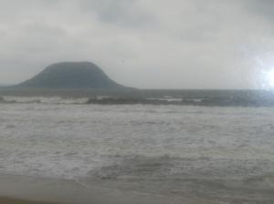 玄界灘の荒波