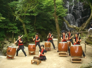 糸農太鼓部の演奏の模様