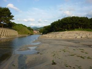 河口が開口された現場