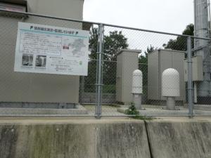 糸島市立福吉小学校構内に設置してあるモニタリングポスト