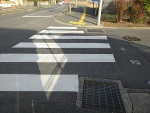 横断歩道が引き直された(糸高南交差点)