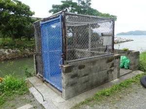二丈大入港付近のごみステーション正面(6月20日撮影)